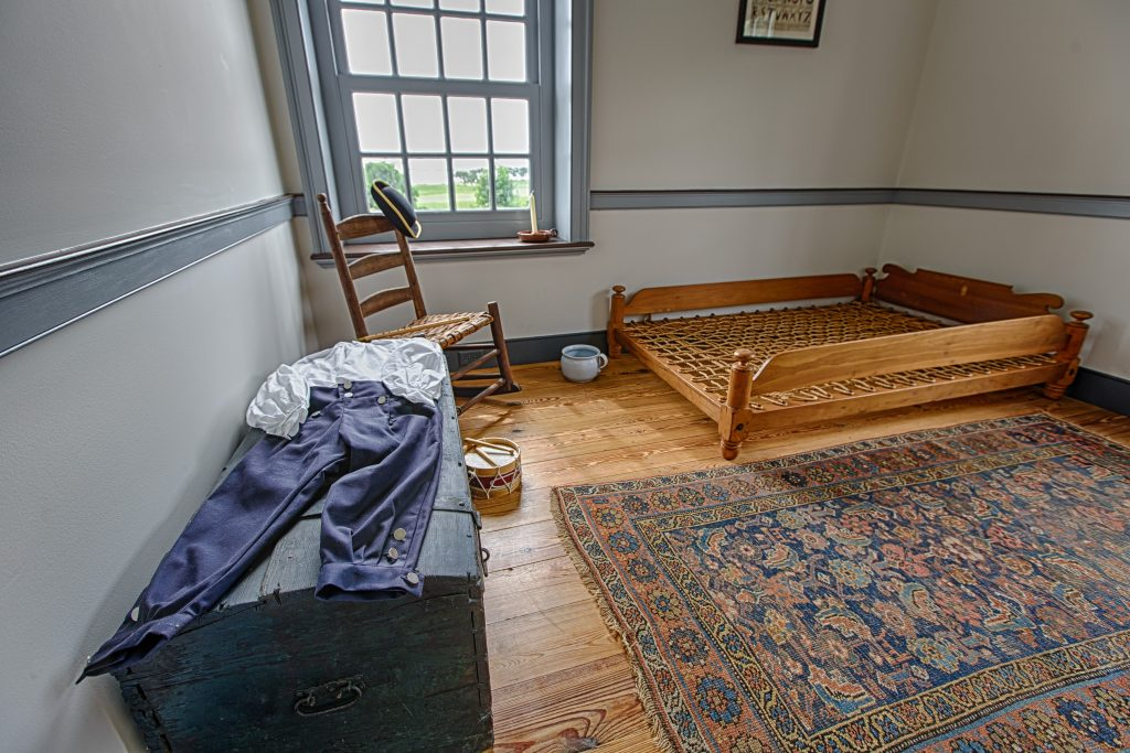 colonial-style boys room